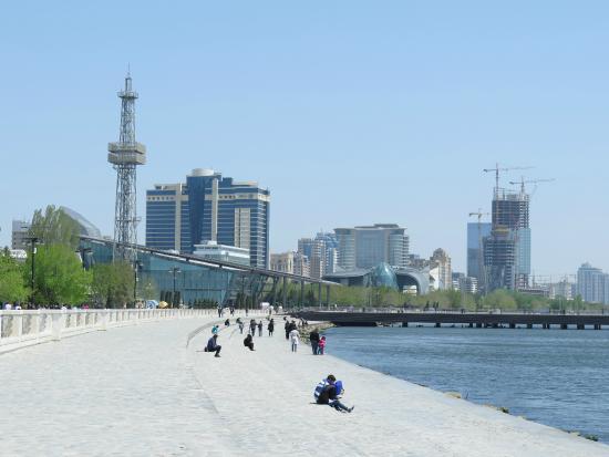 Walk The Baku Boulevard